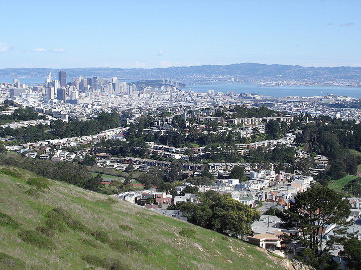 Mt-davidson-view-of-downtown-2005 2002.jpg