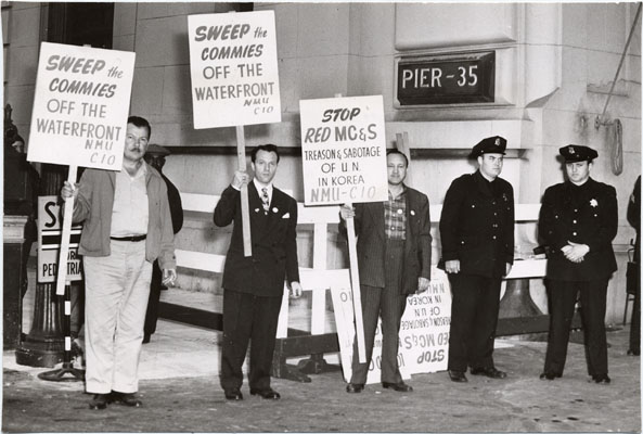 Image:July 13 1951 natl maritime union anti-communist pickets AAD-5616.jpg