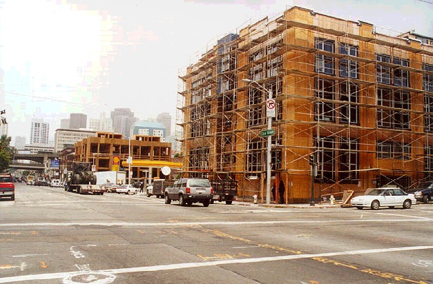 Image:soma1$3rd-and-bryant-lofts.jpg