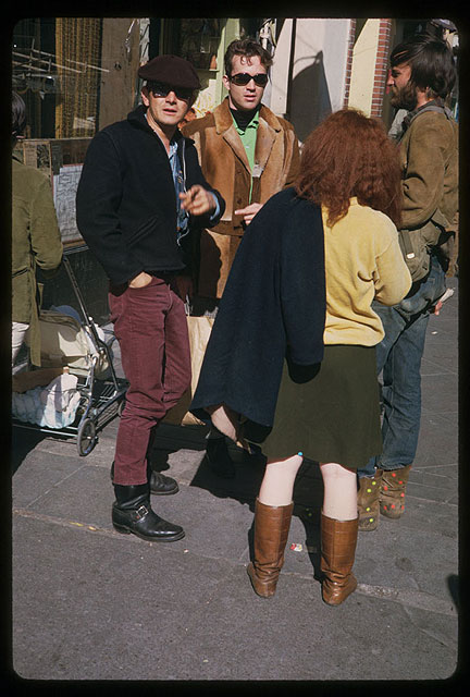 Image:Cushman-March-29-1967-Haight-St-loiterers-P15517.jpg