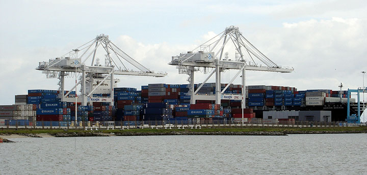 Image:Oakland-containers-2257.jpg