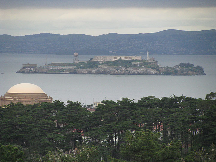 Palace-of-Fine-Arts-and-Alcatraz 5000.jpg
