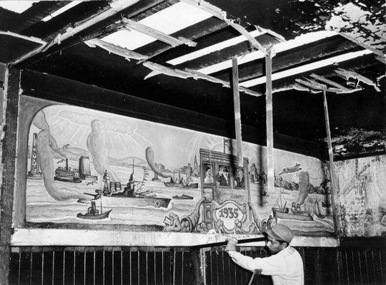 Izzy-gomez-bar-mural-being-dismantled-AAB-1769.jpg