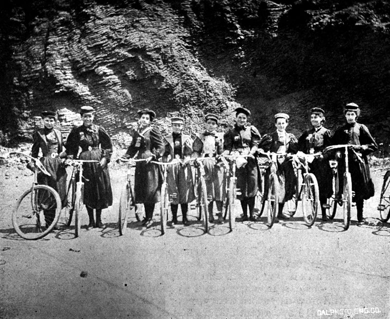 Liberty-Cycling-Club-in-bloomers-1890s-at-beach CHS.jpg