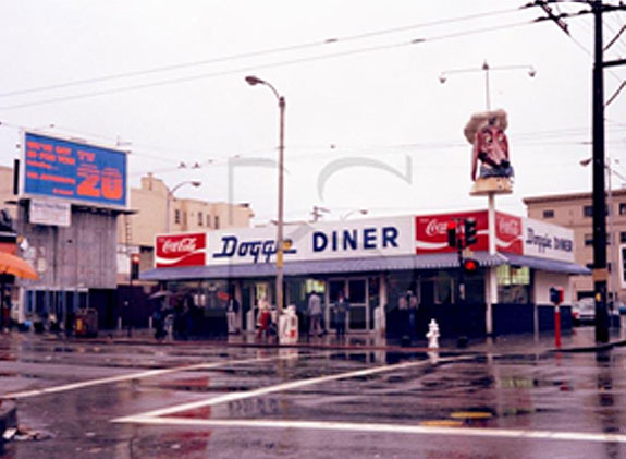 Doggie-diner-18th-and-Mission.jpg