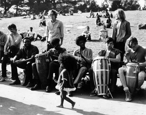 File:Hippie Hill 1969 AAA-7782.jpg