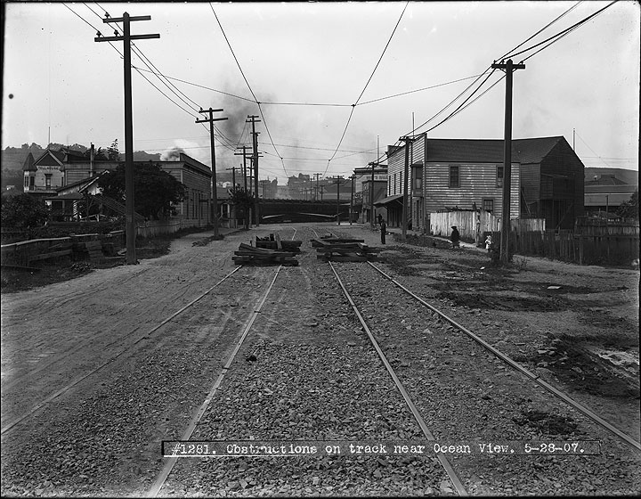 Obstructions-on-Track-Near-Ocean-View-During-Strike -May-28-1907 U01281.jpg