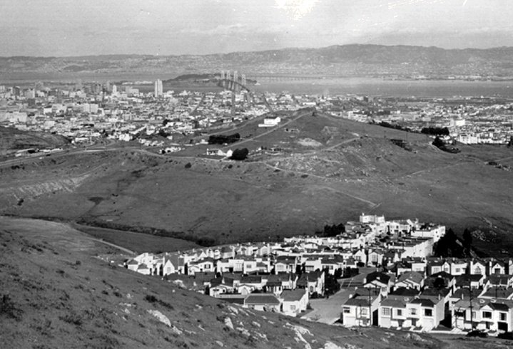Downtown from mt- davidson 1939.jpg