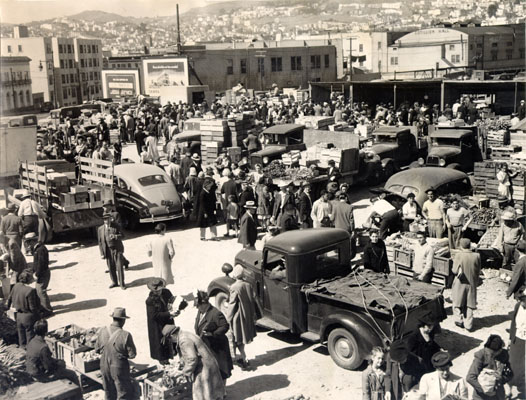 Image:Duboce Farmers Market July 3 1944 AAC-4851.jpg