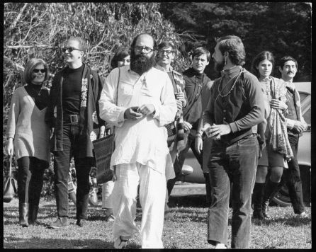 File:Allen Ginsberg and Gary Snyder, circumambulating Golden Gate Park, San Francisco, during the Human Be-In, January 14, 1967. c. Lisa Law. 0324 circumnambulation.jpg