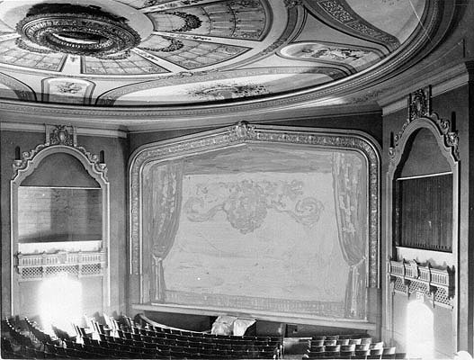 Avenue-Theater-interior-1928-maybe-AAA-8569.jpg