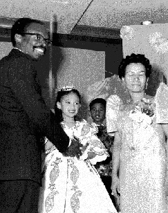 Filipin1$filipino-wedding.jpg