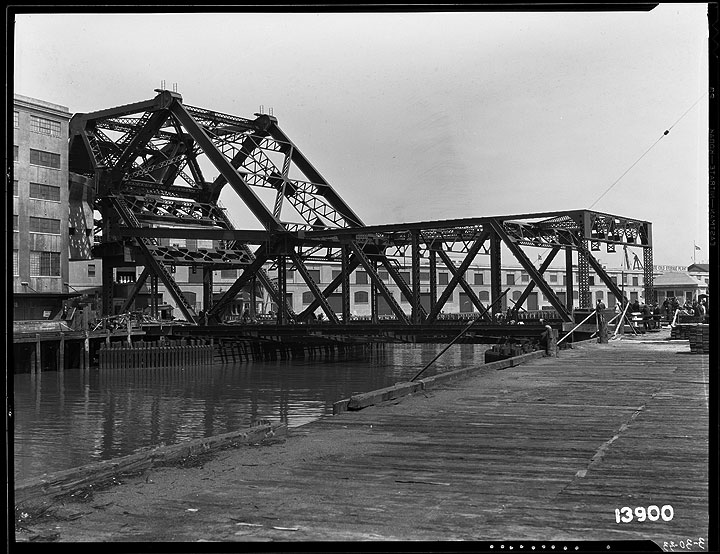 3rd-Street-Bridge- -March-30-1933 U13900.jpg