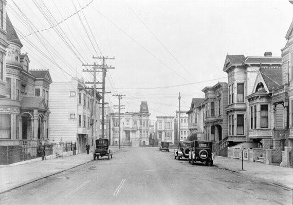 Image:Bartlett between 21st and 22nd 1926 AAB-2866.jpg