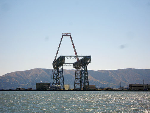 Missile-crane-and-tower-4451.jpg