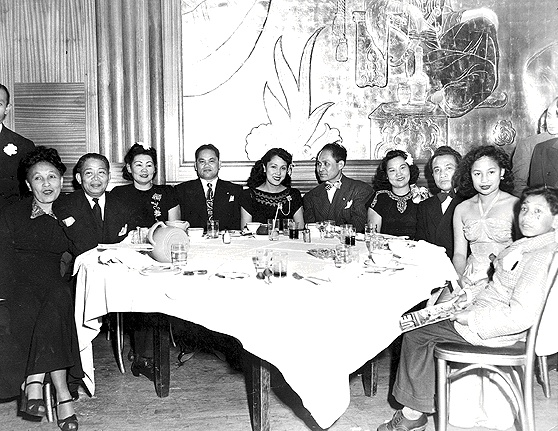 Filipin1$filipino-banquet-1960.jpg
