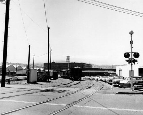 Rail ars at Bryant and Alameda 1964 AAB-2990.jpg