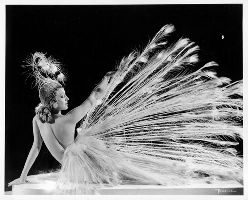 Sally Rand performing at Music Box Theatre, 1939 / Photo: San Francisco History Center, SF Public Library
