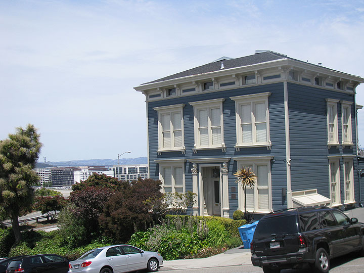 Richards-house-w-mission-bay 2094.jpg