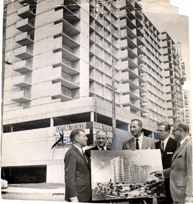 File:Justin Herman, Don Ralya, Roger Boas, Sherman Miller and Joseph L. Eichler at the opening of the Laguna Eichler building in the Western Addition district 1963 AAC-1858.jpg