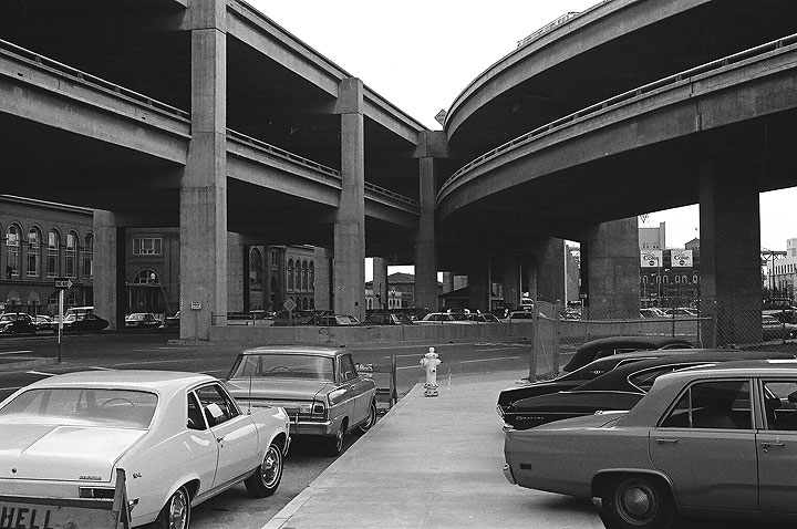 Embarcadero-Freeway-near-Vaillancourt-and-Ferry-Bldg 00020004 Chuck-Gould.jpg