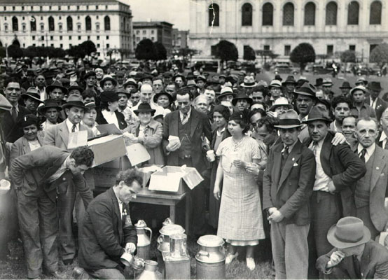 Cannery workers enjoy free lunch in civic center 1938 AAB-7423.jpg