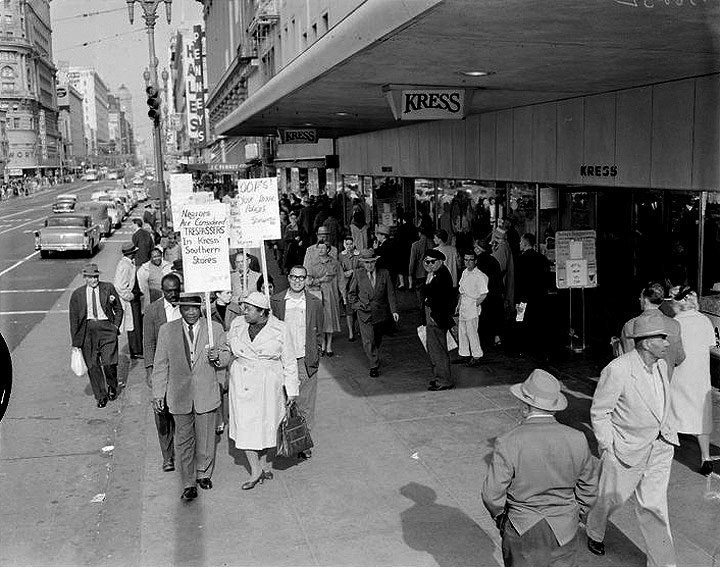 Picket-lines-in-front-of-Kress-and-FW-Woolworth-Market-and-Powell-Streets-Feb-27-1960-180109 10150094803451708 7252893 n.jpg