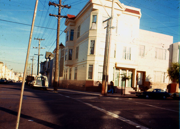 Image:25th and Folsom corner-in-mission.jpg