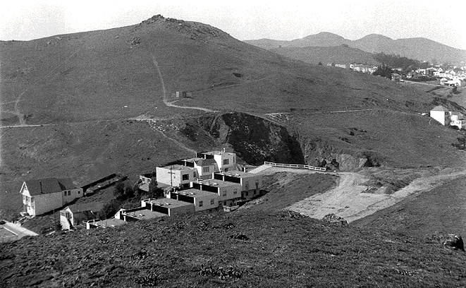 File:Glenpark$goldmine-hill-1940.jpg