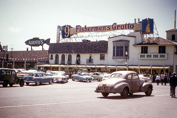 SF095 Fisherman's-Wharf-1956 edited.jpg