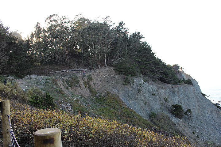 File:Cliff-rail-line-washout-2013 0434.jpg
