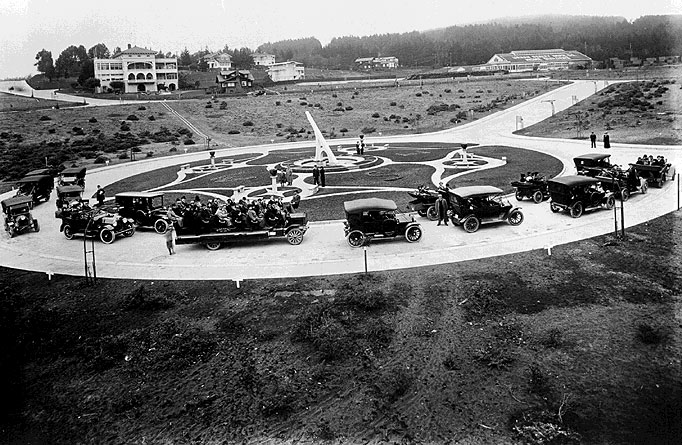 Sundial-after-racetrack-w-cars.jpg