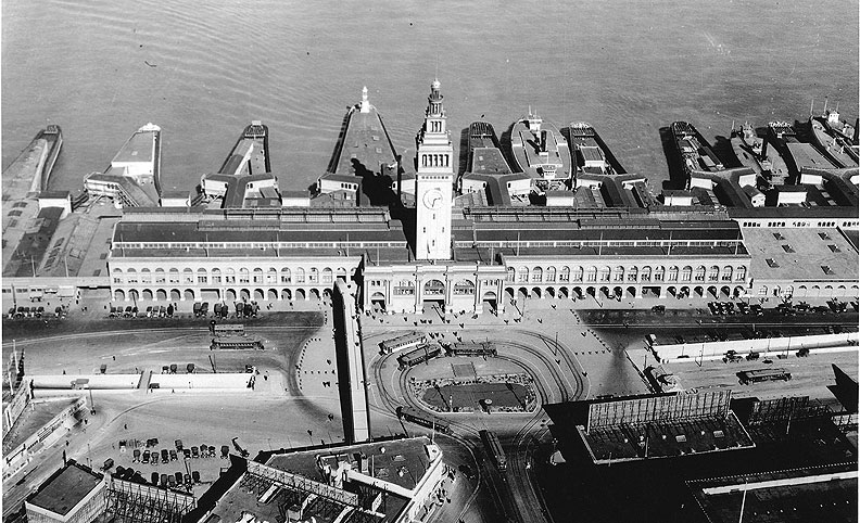 Aerial-of-the-Port-of-San-Francisco-with-Ferry-Building.jpg