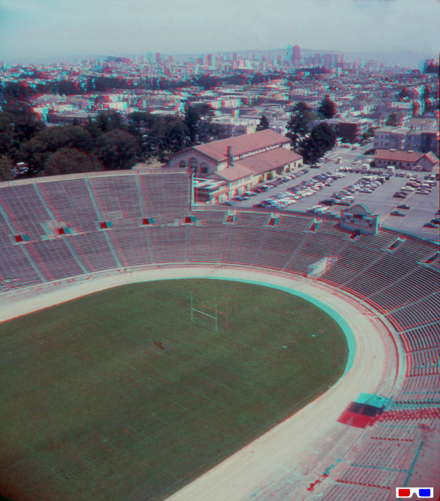 View-from-Kezar-Stadium-Light-Tower-to-downtown-4 87-RB-3D.jpg