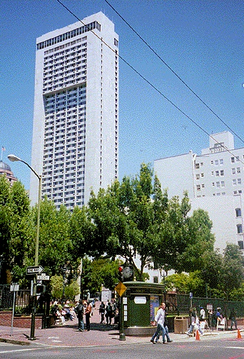 File:Tendrnob$hilton-hotel-photo.jpg