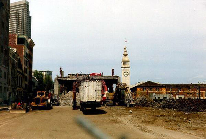 Demolition-of-Embarcadero-freeway-via-Michael-Kiesling-FB n.jpg