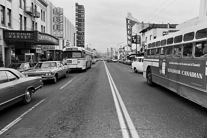 Mission-St-south-from-22nd 1215 Chuck-Gould.jpg