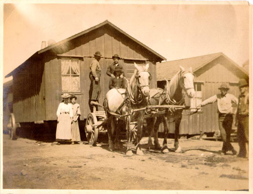 1906 family moves quake shack AAC-2848.jpg