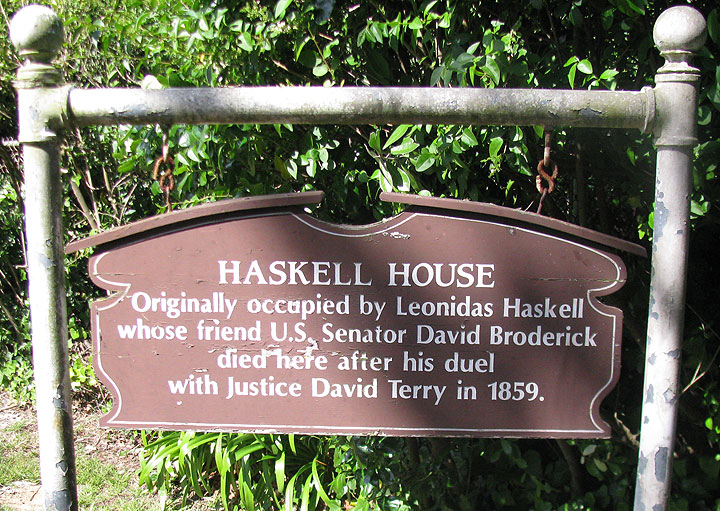 Haskell-house-sign 2287.jpg