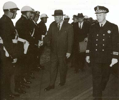 Chief Cahill on right with Pres Eisenhower.jpg