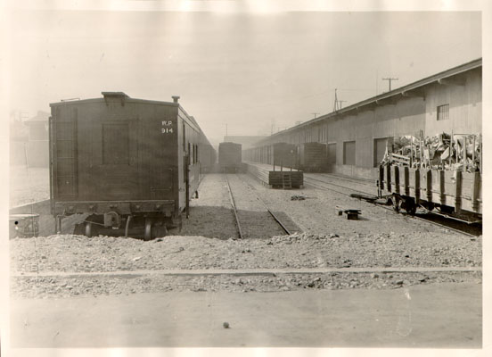 Image:Western Pacific railroad yards 7th and Brannan 1929 AAC-8270.jpg