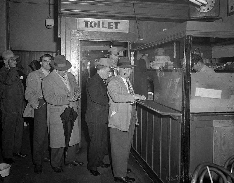 Gambling-raid-at-Menlo-Club-April-29-1948 SFE-Bancroft.jpg