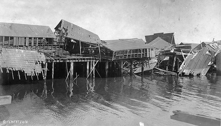 File:Ruined-buildings-in-Butchertown-falling-into-the-Bay-after-the-1906-earthquake-AAC-2858 .jpg