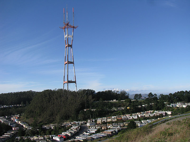 Midtown-terrace-w-Sutro-Tower-over-Dec-2010 2084.jpg