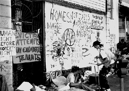 Image:housing1$eviction-grafitti.jpg