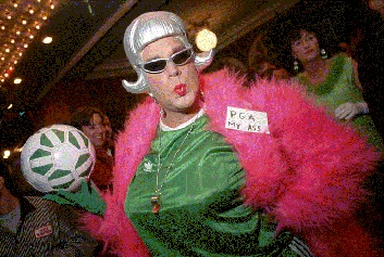 Castro1$drag-queen-with-golf-ball.jpg