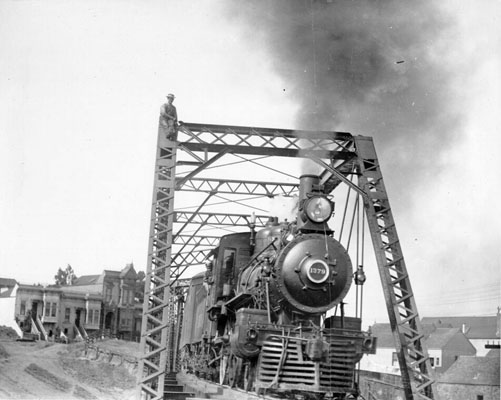 Train on bridge near Dolores 1908 AAB-3476.jpg
