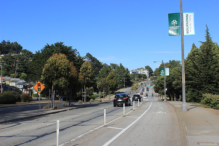 File:Portola-east-near-Twin-Peaks-Blvd 2908.jpg