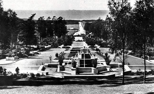 File:Sunset$st-francis-wood-fountain-1920s.jpg