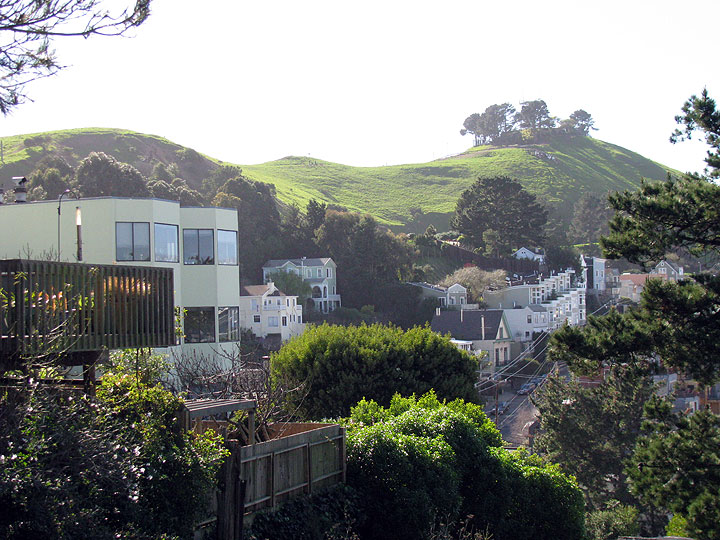 File:Bernal-north-side 0304.jpg